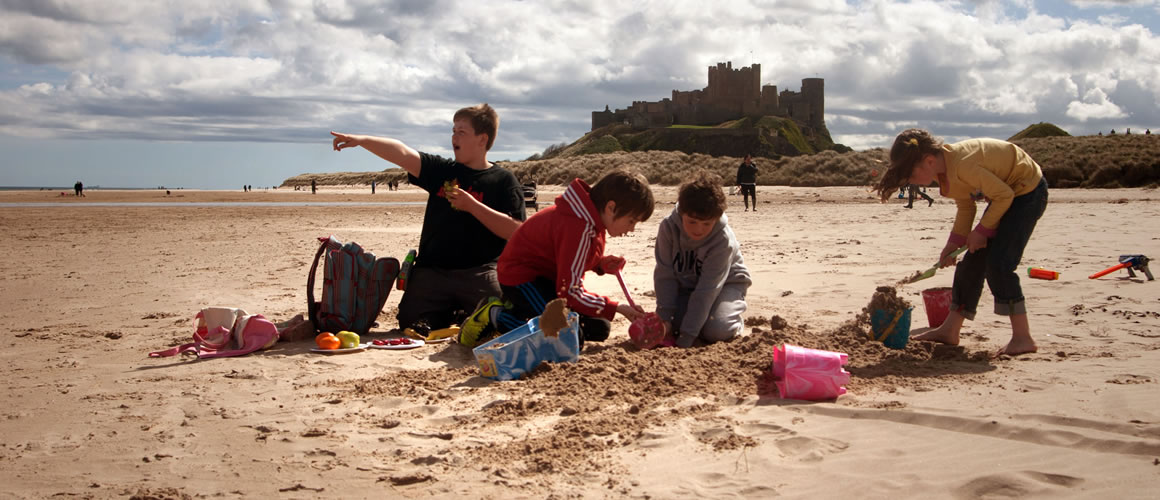 picnic on the beach _Budle_Bay_Croft